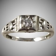 Art Deco White Gold Diamond Ring. Continental Europe early 1930s