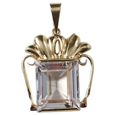 Wilhelm Harbeck, year 1951, Stockholm 18k Gold Rock Crystal Pendant. Excellent Mid Century.