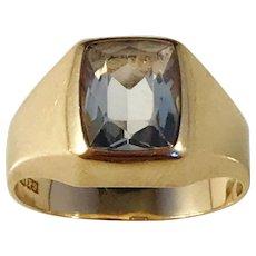Hedberg, Sweden year 1967. Mid Century Modern 18k Gold Rock Crystal Ring.