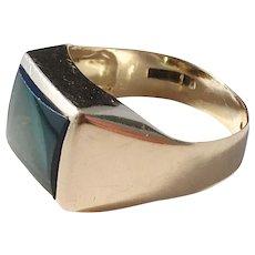 Gustav Dahlgren, Sweden year 1958 Mid Century 18k Gold Forest Green Paste Stone Unisex Ring.