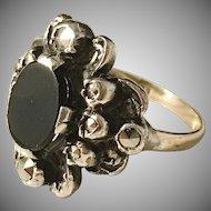 Nordiska Juvelaktiebolaget, Stockholm year 1932 Art Deco 18k Gold Sterling Silver Setting Onyx Marcasite Ring