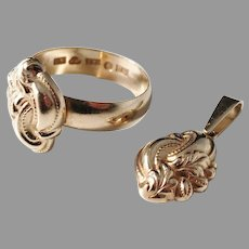 Carl Söderqvist, Sweden year 1900, Antique 18k Gold Ring and small Pendant.