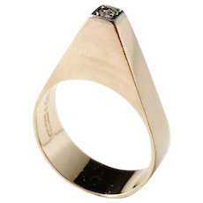 Ceson, Gothenburg year 1965, Modernist 18k Gold 0.04ct Diamond Ring. Excellent.