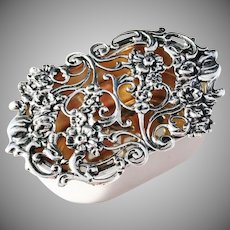 Harry Synyer & Charles Joseph Beddoes, Birmingham, England, year 1907 Sterling Pot Pourri Box. Excellent.