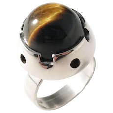 Martti Viikinniemi, Finland year 1966 Modernist Solid Silver Spinning Tiger Eye Ring. Excellent.