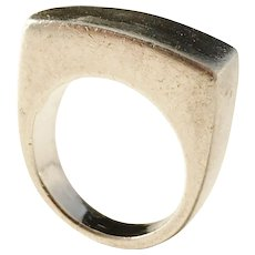 GUCCI, Italy Sterling Silver Modernist Chunky 1970s Unisex Ring. US size 7 1/4