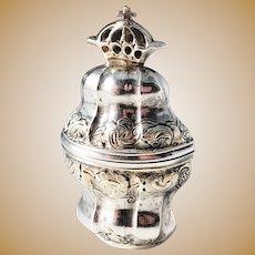 Danish Rococo Vinaigrette Hovedvandsaeg. Solid Silver. Hallmarked c 1770s. (pendant)