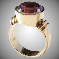 Maker Kjernås year 1926-39, Art Deco 20k Gold Amethyst Ring. 8.1gram