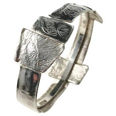 Isaac Cohen, Stockholm year 1969 Modernist Brutalist Sterling Silver Bangle. Signed. 1.4oz