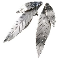 Michelsen, Stockholm 1946-63, Mid Century Solid Silver Clip-on Leaf Earrings