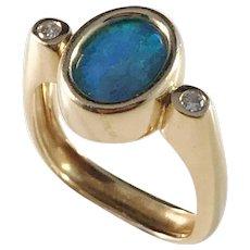 Vintage 18k Gold Diamond and Boulder Opal Ring. 7.0gram