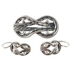 Germund Paaer for Kalevala Koru, Finland year 1964, Solid Silver Brooch and Earrings. Teljänneito Design