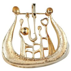 Robbert, Stockholm year 1971, 18k Gold Viking Ship of Fortune Brooch Pendant. 13.3gram. Excellent.