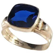 Hedberg, Sweden year 1963, 18k Gold Deep Blue Paste Ring. Excellent.