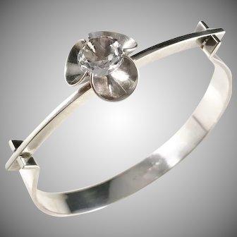 Elis Kauppi, Kupittaan Kulta Finland 1970s Sterling Silver Rock Crystal Open Close Bangle Bracelet.