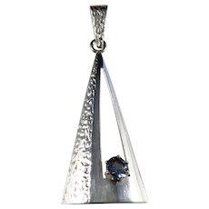 Edvard Kinni, Finland 1968-82 Sterling Silver Paste Stone Modernist Pendant.