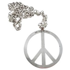 B Grönf, Sweden year 1971 Huge Solid Silver Peace Hippie Pendant Necklace.