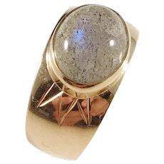 Rahlen, Sweden year 1959, Mid Century 18k Gold Labradorite Ring.