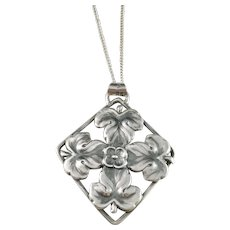 Orlow Th Lewinsohn, Sweden year 1949 Mid Century Solid Silver Pendant Necklace.