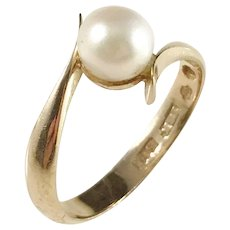 Alton, Sweden year 1976, 18k Gold Cultured Pearl Ring.