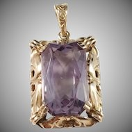 Ceson, Gothenburg early Mid Century 18k Gold Amethyst Pendant.