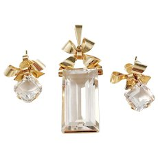 Ateljé Stigbert Stockholm year 1945, Mid Century 18k Gold Rock Crystal Set. Pendant and Earrings. Excellent.