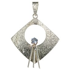 Edvard Kinni, Finland year 1970 Solid Silver Synthetic Spinel Modernist Pendant.
