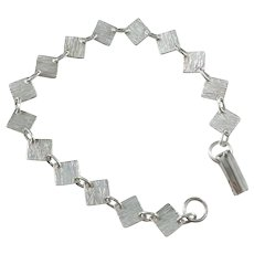 Lahden Kultakoru, Finland year 1965-83 Solid 830 Silver Bracelet.