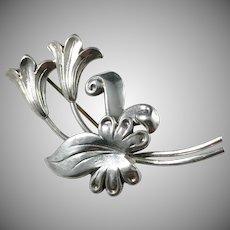 Kaplan, Stockholm year 1947 Solid Silver Flower Brooch.