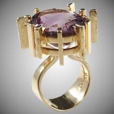 Robbert, Sweden year 1970 Chunky Modernist 18k Gold Amethyst Ring. Signed. 26.7gram