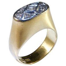 Johan GA Bergqvist , Stockholm year 1960 Modernist 18k Gold 0.23ctw Diamond Ring.