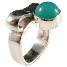 Claes E Giertta, Stockholm 1983 Sterling Silver Chrysoprase Ring. Signed