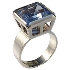 Bengt Hallberg, Sweden year 1969 Modernist Sterling Silver Synthetic Spinel Pinky Ring.