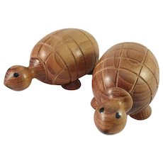 Scandinavia Denmark Mid Century Teak Novelty Turtles Salt and Pepper Shakers. Prob Denmark