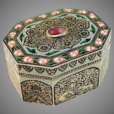 Lucknow,  India mid 1700s Georgian Sterling Silver Enamel Foiled Back Paste Box.