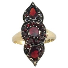 G Dahlgren, Sweden year 1920 Art Deco 18k Gold Garnet Silver Setting Ring.