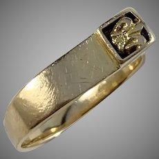 Claes E Giertta, Stockholm 1986 Fleurs-De-Lys 18k Gold Ring. Signed.