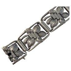 Herman Wist, Finland year 1935 Solid Silver Bracelet.