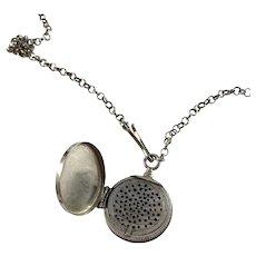 Tobias Kåhre, Sweden year 1829-65 Early Victorian Solid Silver Vinaigrette Locket Pendant Necklace.