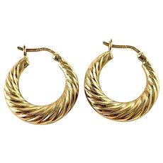 Arezzo, Italy Vintage 18k Gold Earrings.