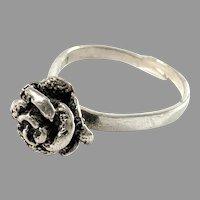 Martti Viikinniemi, Finland 1971. Solid 830 Silver Rose Flower Ring.