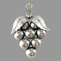 Asa-Silver H Olsson, Sweden 1949. Solid Silver Pendant.