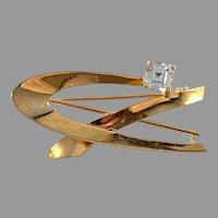 Guldvaruhuset, Sweden 1963. Vintage 18k Gold Synthetic Spinel Brooch.