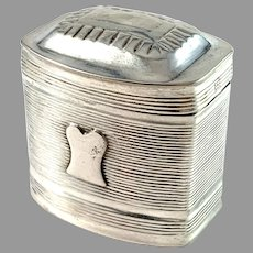 The Netherlands 1848 Antique Solid Silver Loderein Box.