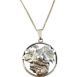 Stockholm, Sweden 1946. Mid Century Solid Silver Floral Pendant Necklace
