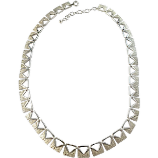 Vintage Mid Century Sterling Silver Necklace.
