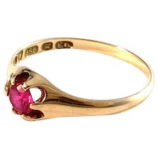 Osuusliike, Finland 1934. Vintage 14k Gold Synthetic Sapphire Ring.