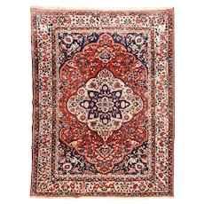 Hand Knotted Persian Bakhtiari Wool Circa 1930, SIZE: 8'2'' x 10'10''