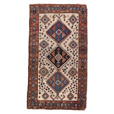 Excellent Persian Area Rug Wool Circa 1920, SIZE: 2'6'' x 4'6''