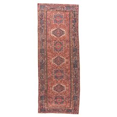 Hand Knotted Persian Heriz  Wool CIRCA 1890, SIZE: 7'1'' x 9'9''
